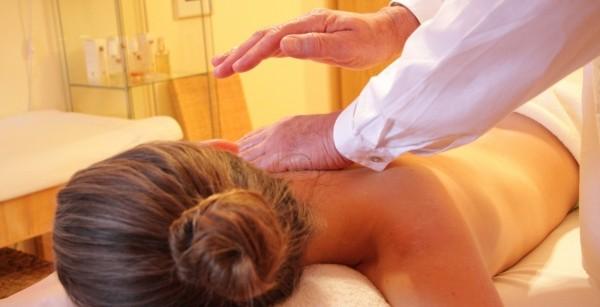 Какви са ползите от масажа на цяло тяло?