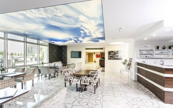 Защо да изберете опънатите тавани пред другите съществуващи варианти?